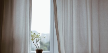 curtains-1854110_960_720