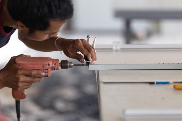 Qué es y que herramientas se utilizan en la carpintería de aluminio de Sabadell